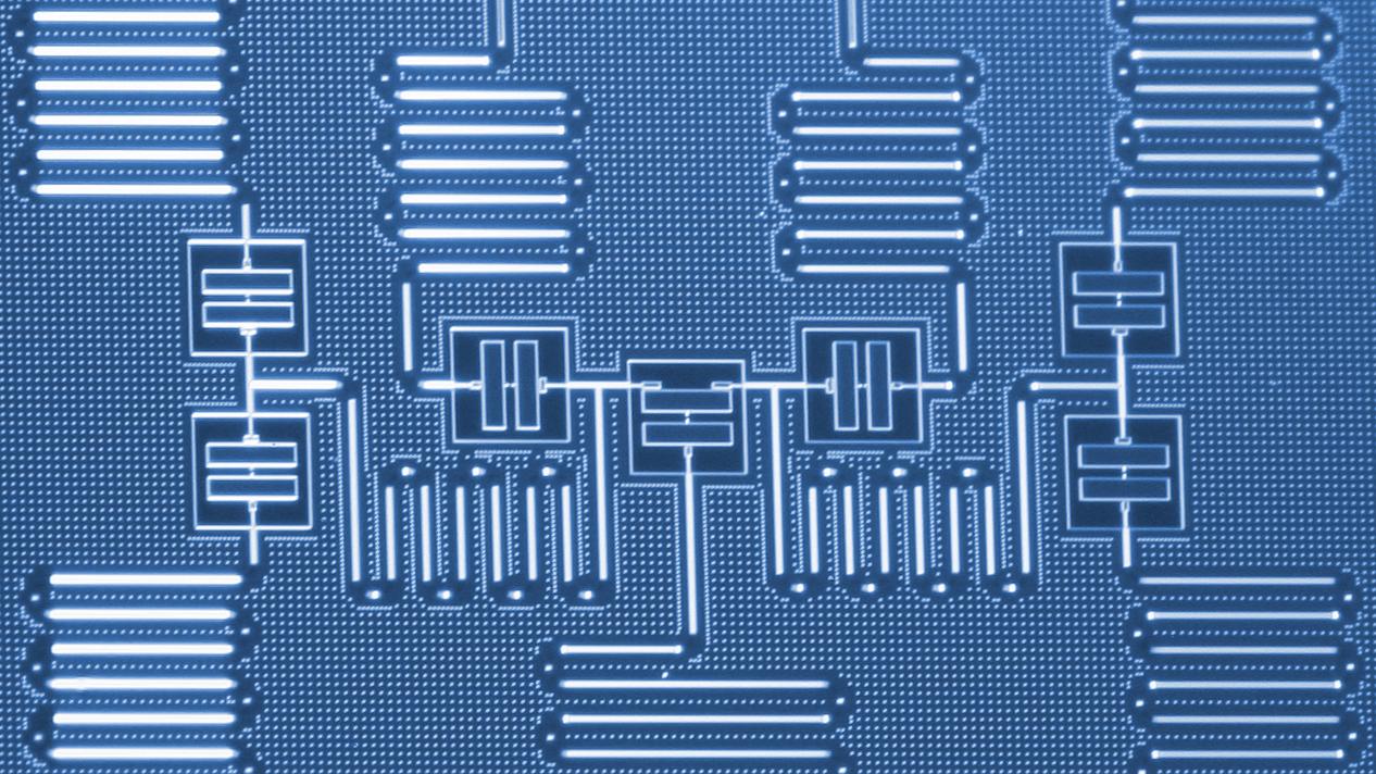 IBM 7-qbit device
